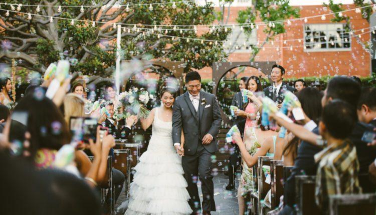 Quay phim chụp ảnh cưới hỏi trọn gói